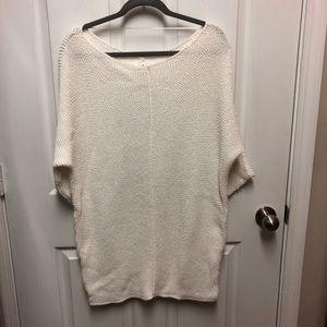 Cream 3/4 sleeve sweater tunic